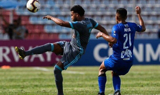 El Sporting Cristal busca remontar la desventaja de un gol cuando reciba al Zulia.