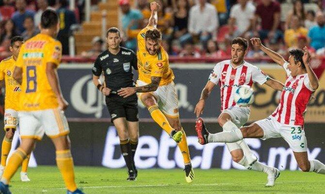 André-Pïerre Gignac viene de conseguir el récord de goles para Tigres UANL.