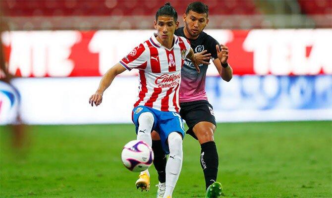 Previa para apostar en el Pumas vs Chivas