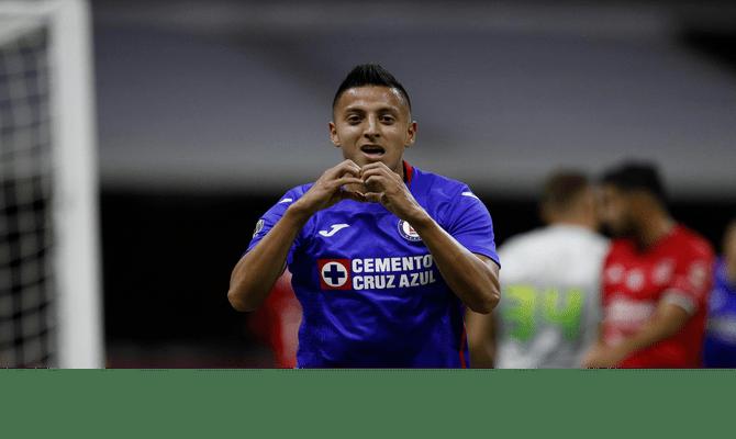 Roberto Alvarado será una de las figuras a seguir del próximo juego del Guardianes 2021: Cruz Azul vs Monterrey.