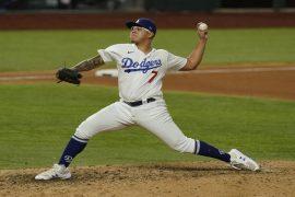 Julio Urías es uno de los lanzadores de Los Angeles Dodgers, equipo favorito para ganar esta temporada de la MLB.