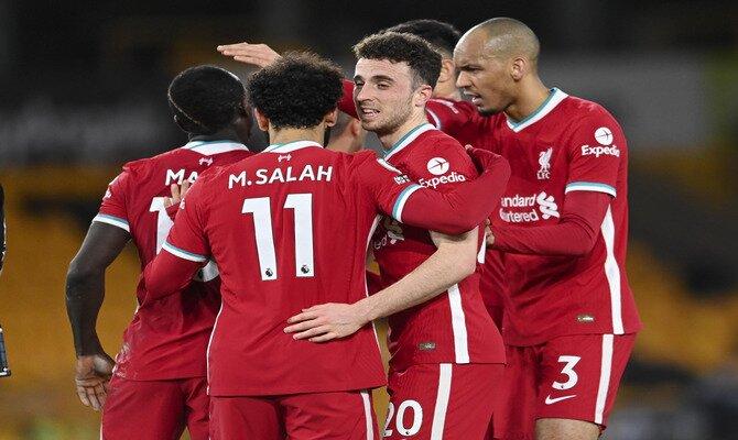 Mohamed Salah encabeza el ataque de los Reds que buscarán acercarse a las posiciones europeas con el Arsenal vs Liverpool.