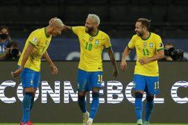 Imagen de Neymar y Richarlison celebrando un gol. Cuotas 4º jornada de la Copa América 2021.