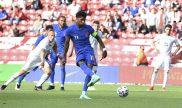 Imagen de Marcus Rashford lanzando un penalti. Cuotas y pronósticos Inglaterra vs Croacia.