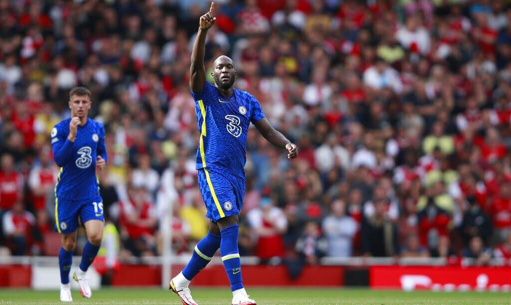 Imagen de Romelu Lukaku celebrando su primer gol con los Blues. Cuotas Liverpool vs Chelsea.